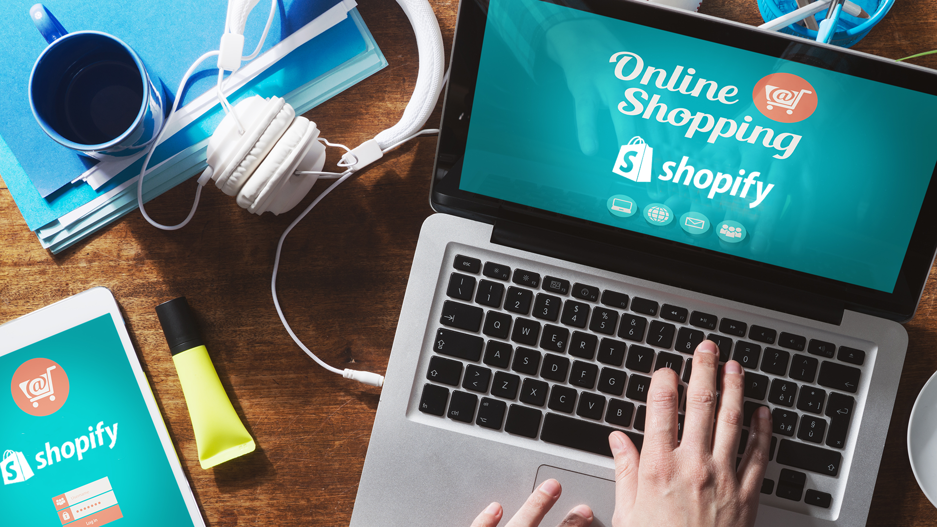 How do webshop owners benefit from the Perfion & Shopify connection?